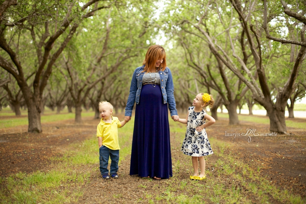 HeidiMaternityBlog 0003 1024x682 The Growing Palmer Family | Bakersfield Maternity Photographer