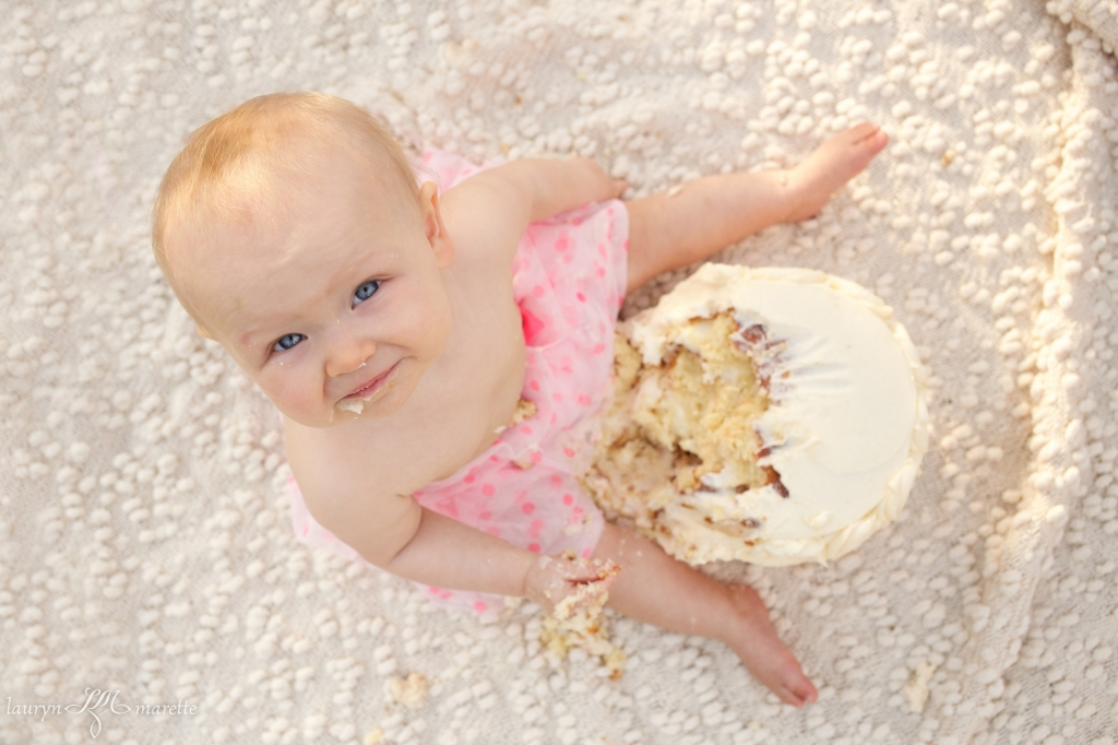 KatherineCakeSmashBlag 0004 1024x682 Katherines Cake Smash | Bakersfield Child Photographer