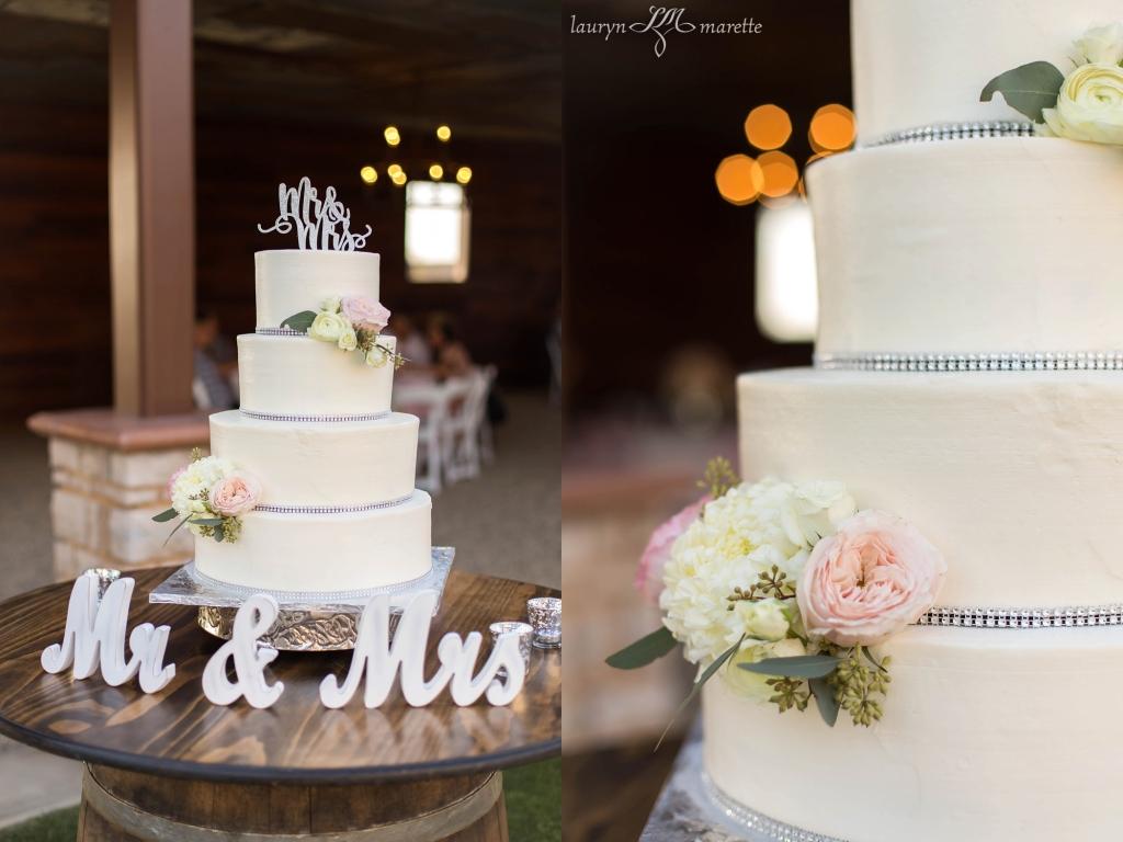 SerranoWeddingBlog 0020 1024x768 Tiffany and Eli   Bakersfield Wedding Photographer
